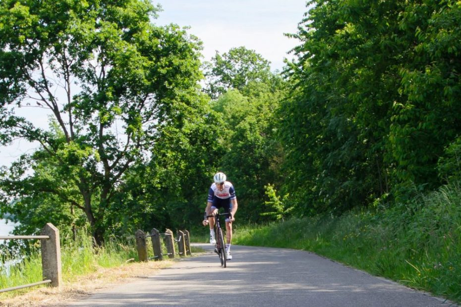 Trek-Segafredo signs Pieter Weening