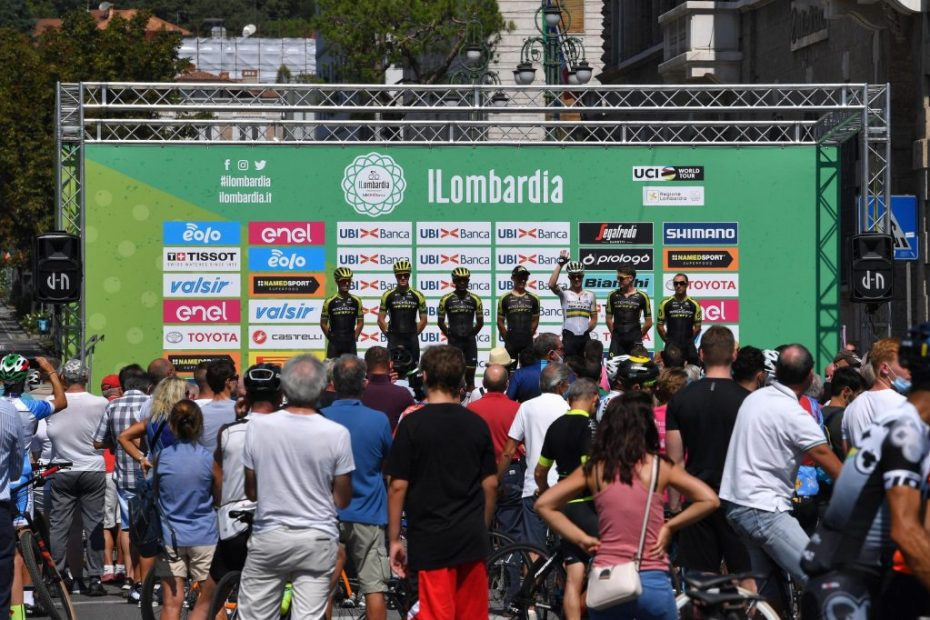 Mitchelton-SCOTT miss the early and decisive move in II Lombardia