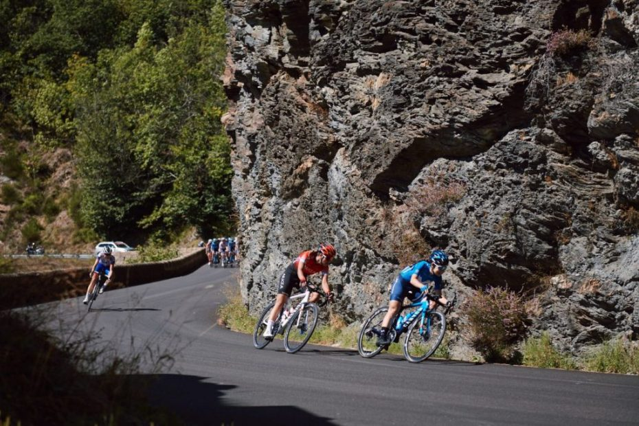 Paula Patiño, de nuevo cerca de las mejores en el Mont Lozère; Oyarbide repite fuga